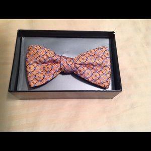 Croft & Barrow bow tie NWT. Retails for $32.